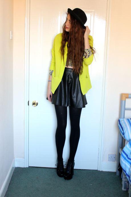 Hat: H&M Top: New Look Blazer: New Look Skirt: New Look Shoes: Bebo/eBay